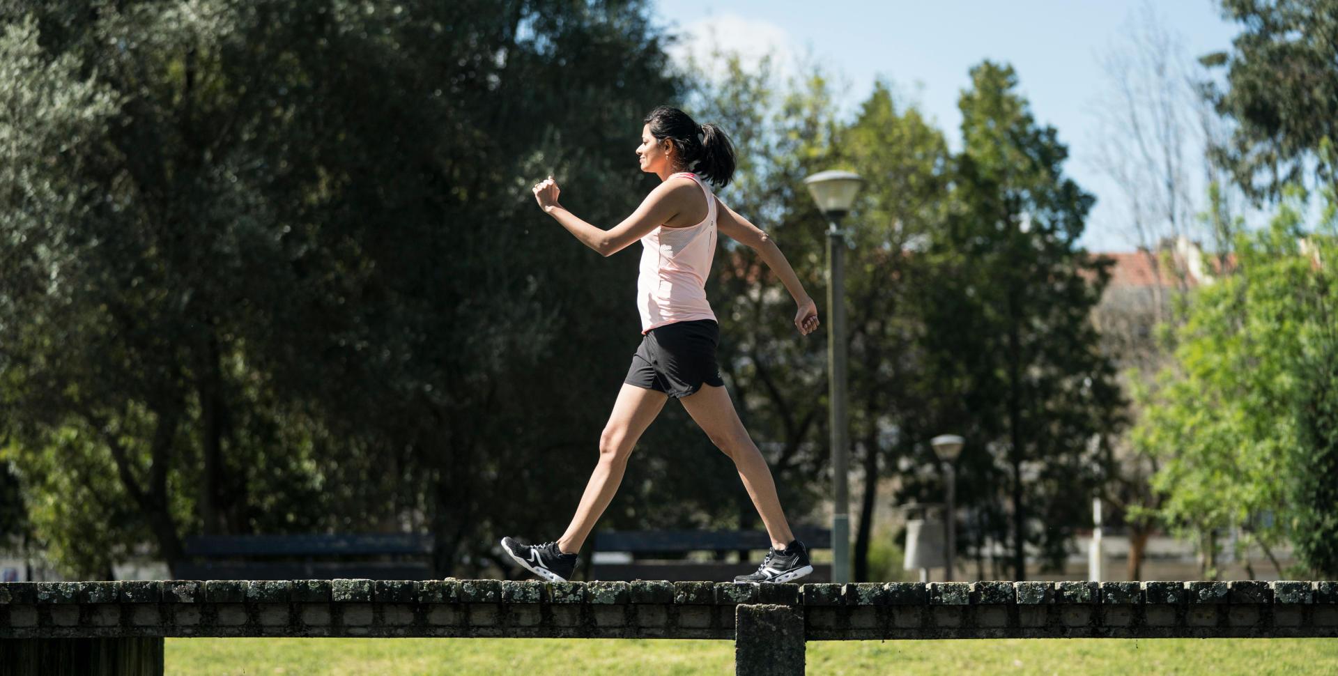 La marche rapide fait elle perdre du poids