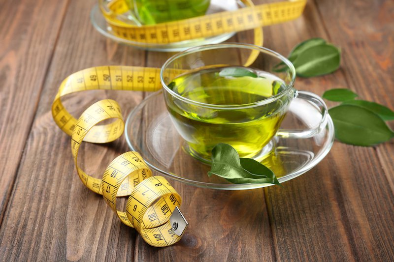 Perdre du poids en buvant du thé vert